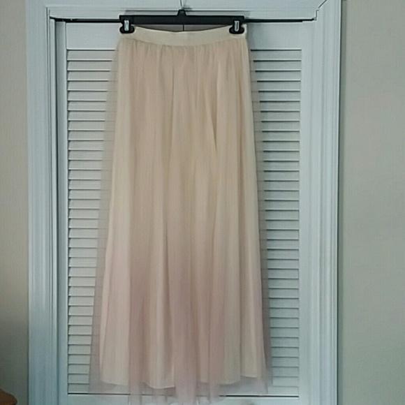 5cf81e873 LC Lauren Conrad Dresses & Skirts - Lauren Conrad Runway long skirt NWOT